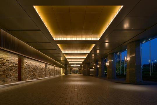 パレスホテル東京 Sola Assosiates